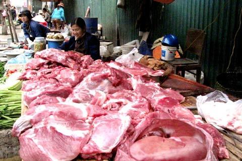 """Giá thịt lợn """"nóng"""" từng ngày - 1"""