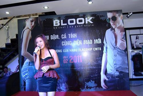 Sao cuồng nhiệt cùng BLOOK Fashion - 4