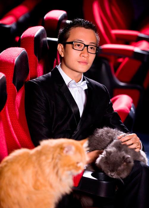 Lương Mạnh Hải, Hiếu Hiền tạo dáng với mèo - 1