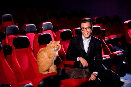 Lương Mạnh Hải, Hiếu Hiền tạo dáng với mèo - 11