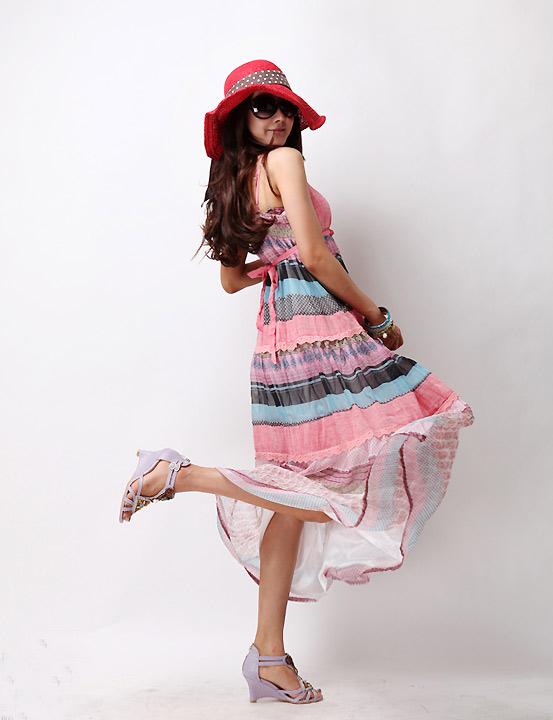 Sắm mũ rộng vành cho thời trang biển - 13
