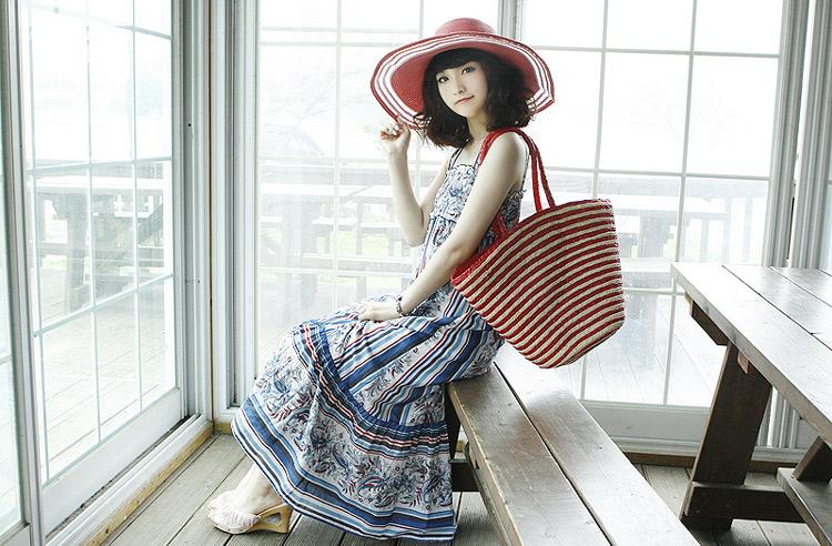 Sắm mũ rộng vành cho thời trang biển - 15
