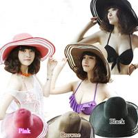 Sắm mũ rộng vành cho thời trang biển