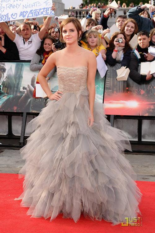 Emma Watson đẫm lệ vì Harry Potter - 13