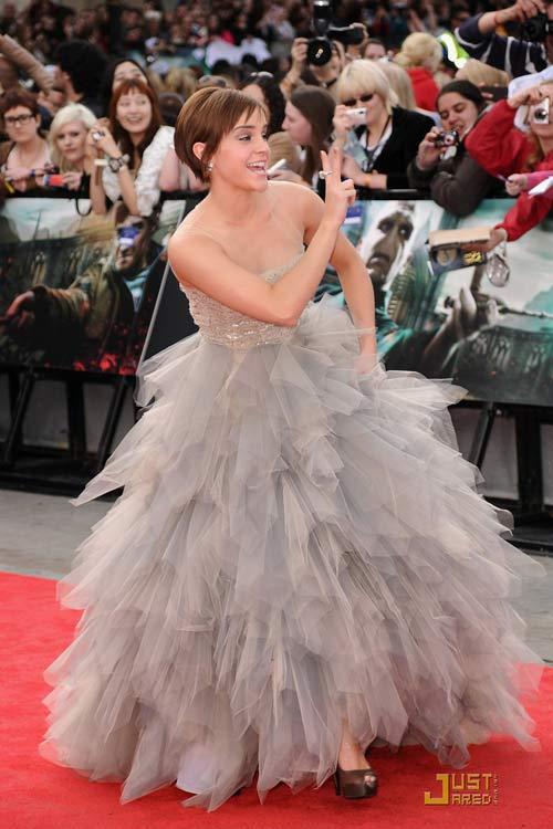 Emma Watson đẫm lệ vì Harry Potter - 18