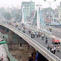 Gần 2 tỷ đồng xây cầu vượt tại Ngã ba Huế