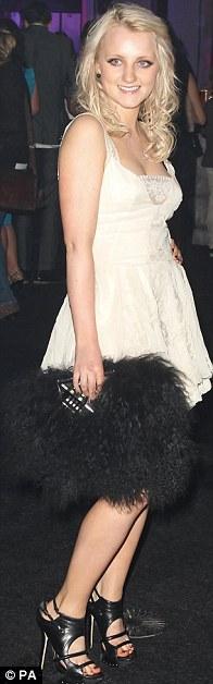 Emma Watson 'đánh cắp' hào quang của Daniel và Rupert - 16