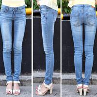 Thấp và nhỏ mặc jeans như thế nào?