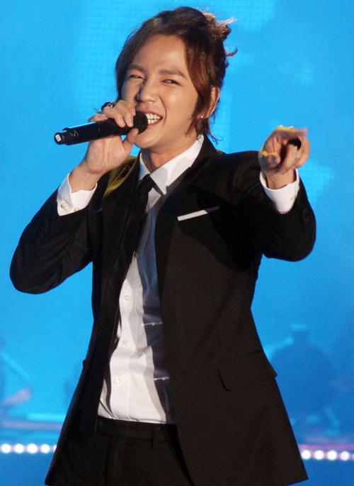 Jang Keun Suk coi fans là… vợ - 5