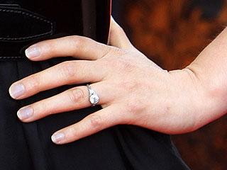 Nghía nhẫn cưới của sao Hollywood - 4