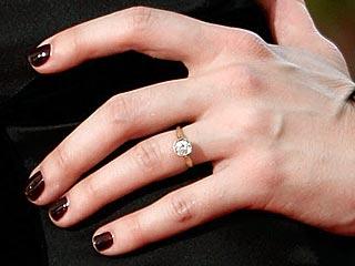 Nghía nhẫn cưới của sao Hollywood - 18