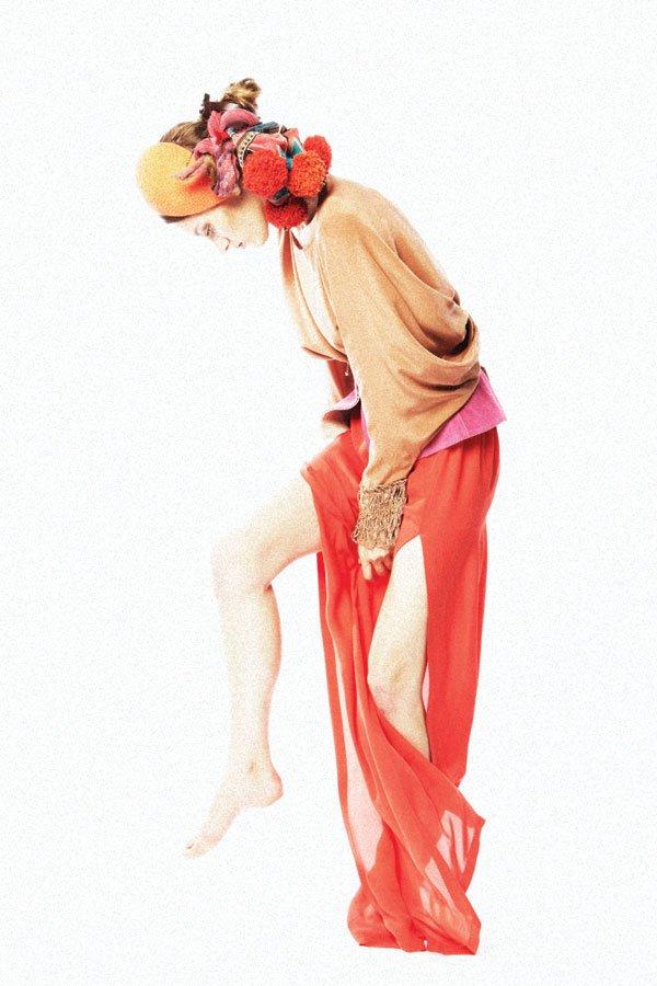 Màu cam - đỏ tiếp tục nóng - 21