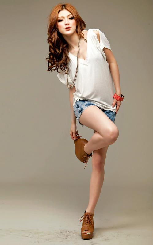 Khảo giá shorts jeans và áo phông mùa hè - 6
