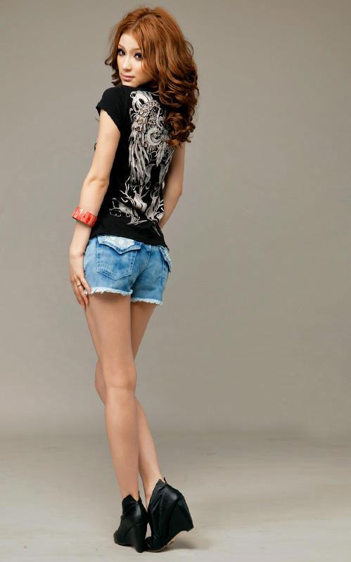 Khảo giá shorts jeans và áo phông mùa hè - 12