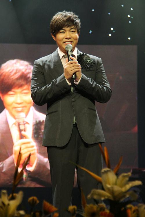 """Show Quang Lê - Minh Tuyết khiến khán giả """"ướt mi"""" - 2"""