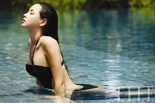 """10 người đẹp bikini """"nóng"""" nhất giải trí Hàn hè 2011 - 15"""