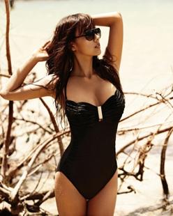 """10 người đẹp bikini """"nóng"""" nhất giải trí Hàn hè 2011 - 16"""