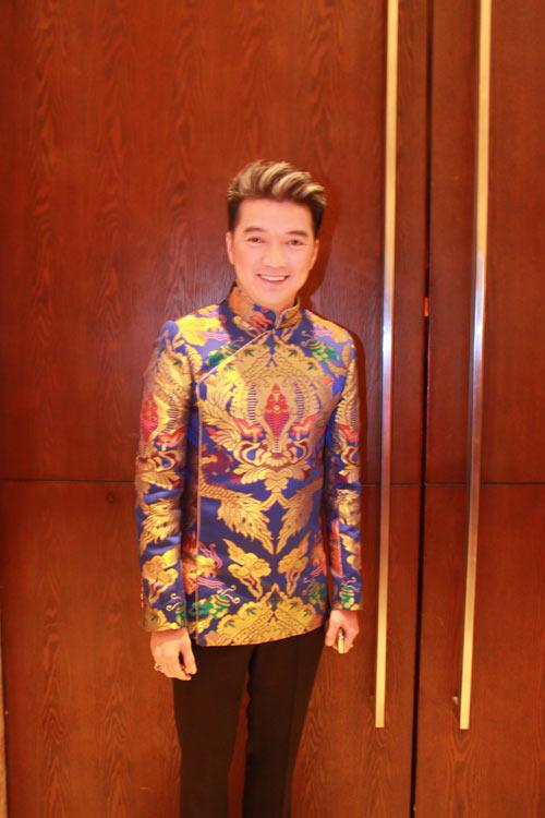 Giai nhân Việt duyên dáng với áo dài - 22