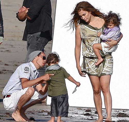 Vợ chồng Jennifer Lopez đột ngột chia tay - 6