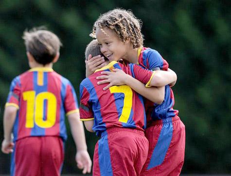 Barca mở lò đào tạo bóng đá tại Việt Nam - 1