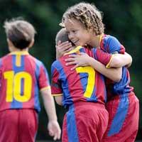 Barca mở lò đào tạo bóng đá tại Việt Nam