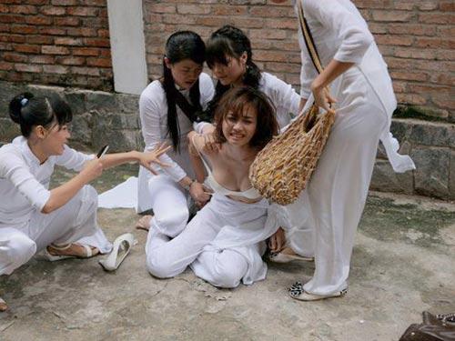 """Phim Việt: Cảnh """"nóng"""" và nước mắt - 2"""