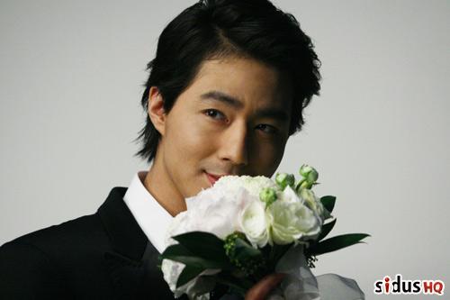 Jo In Sung vừa xuất ngũ đã 'đào hoa' - 1