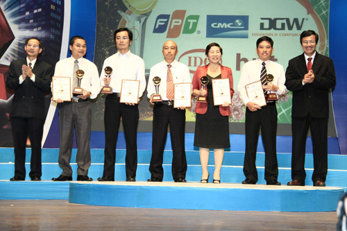 Digiworld Corporation tiếp tục lọt vào top 5 ICT Việt Nam 2011 - 1