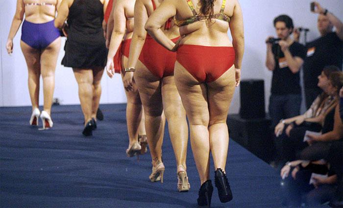Dàn mẫu béo khoe số đo bự đầy bất ngờ - 9