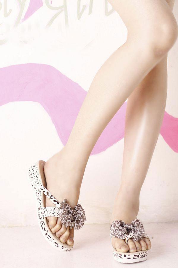 Khảo giá sandal xỏ ngón đa phong cách - 6