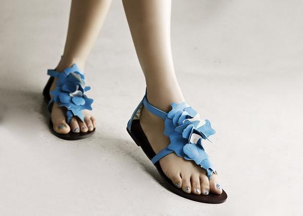 Khảo giá sandal xỏ ngón đa phong cách - 10