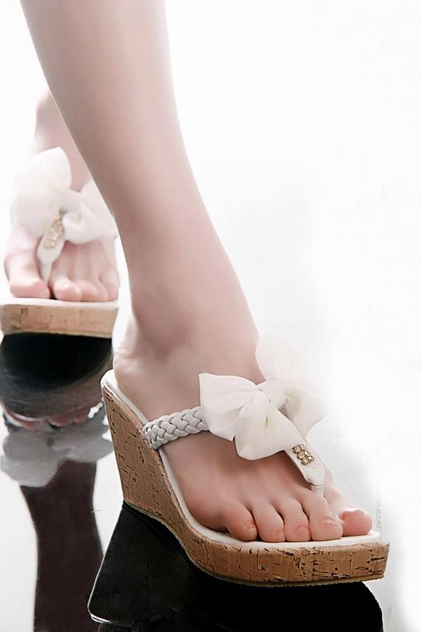 Khảo giá sandal xỏ ngón đa phong cách - 12