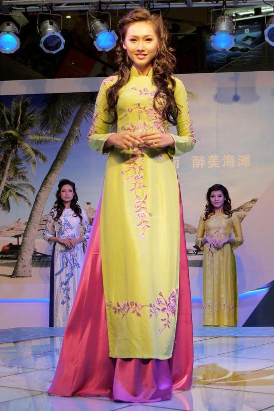 Áo dài Việt tại Thượng Hải - 6