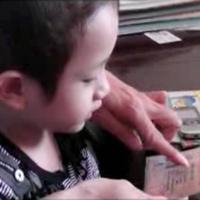 """""""Thần đồng"""" 3 tuổi gây sửng sốt ở Nghệ An"""