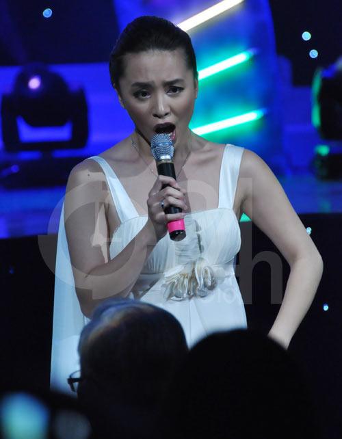 Thanh Bạch, Thiên Lý khoe giọng hát - 6