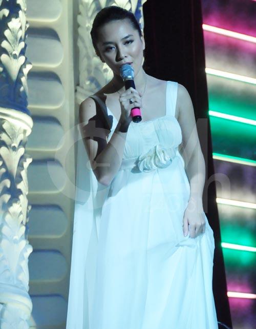 Thanh Bạch, Thiên Lý khoe giọng hát - 5