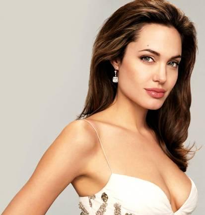Đoán tính cách qua đôi môi giống Agelina Jolie - 1
