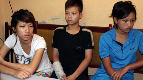 Ba thiếu nữ liều lĩnh dùng bình xịt đi cướp - 1