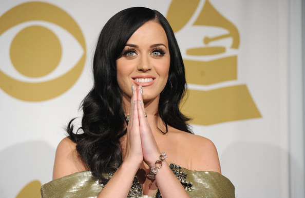 Billboard Digital Songs: Rượt đuổi ráo riết, TOP 10 MTV, Ca nhạc - MTV, Top 10 Billboard Digital Songs, Billboard Digital Songs,Katy Perry,Adele,ngoi sao ca nhac,ca sy quoc te