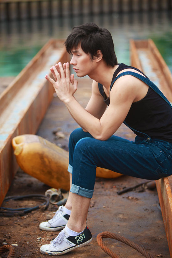Nhan Phúc Vinh bụi bặm với jeans - 12