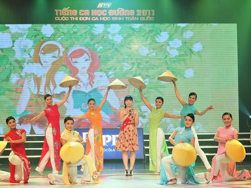 4 thí sinh rời Tiếng ca học đường 2011 - 4