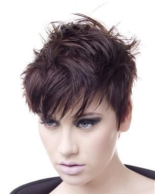 Kiểu tóc ngắn cho gương mặt tròn - 14