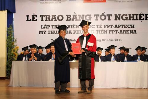 FPT-Aptech và FPT-Arena trao bằng tốt nghiệp cho 234 sinh viên - 1