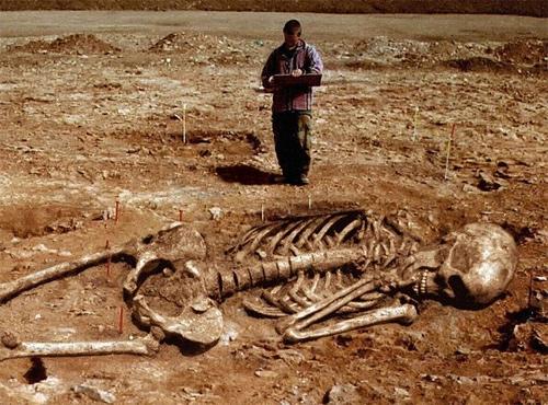 Nghĩa trang người khổng lồ tại Châu Phi - 6