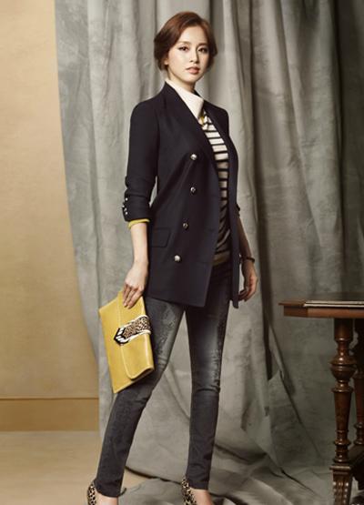 Ngắm thời trang hiện đại của Kim Tae Hee - 4