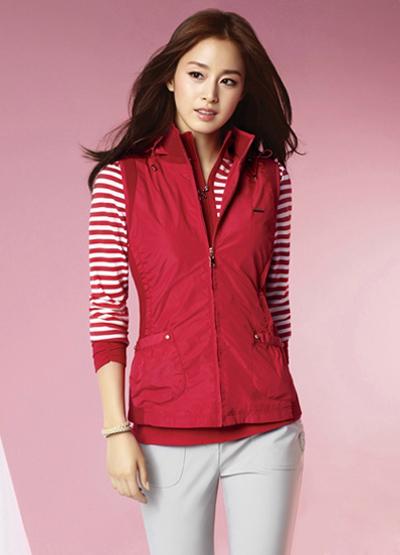 Ngắm thời trang hiện đại của Kim Tae Hee - 9