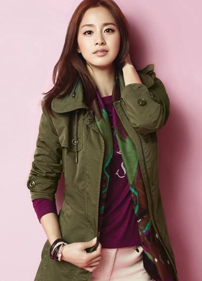 Ngắm thời trang hiện đại của Kim Tae Hee - 16