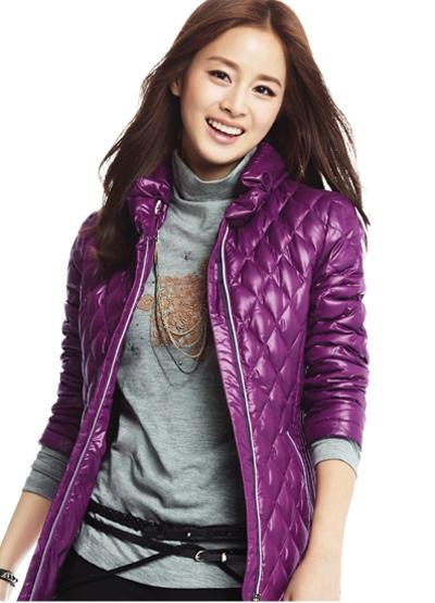 Ngắm thời trang hiện đại của Kim Tae Hee - 18
