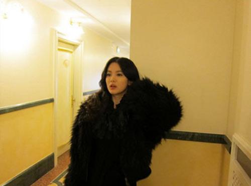 Won Bin nam tính, Song Hye Kyo sexy - 15