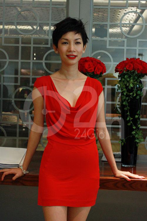 """Lan Hương khoe """"siêu vòng 3"""" bằng váy bó - 6"""